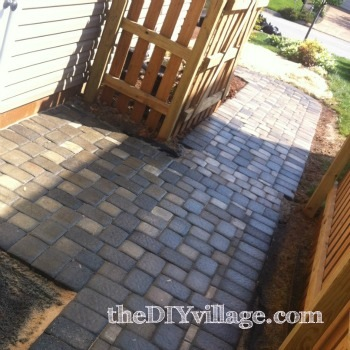 Paver Path by: theDIYvillage.com