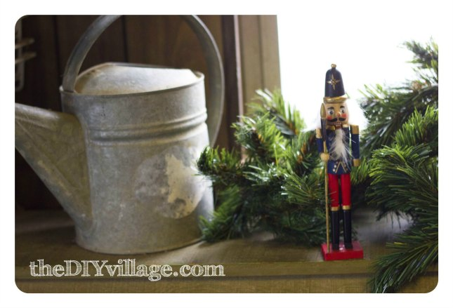 Dollar Tree Christmas Decor by:theDIYvillage.com
