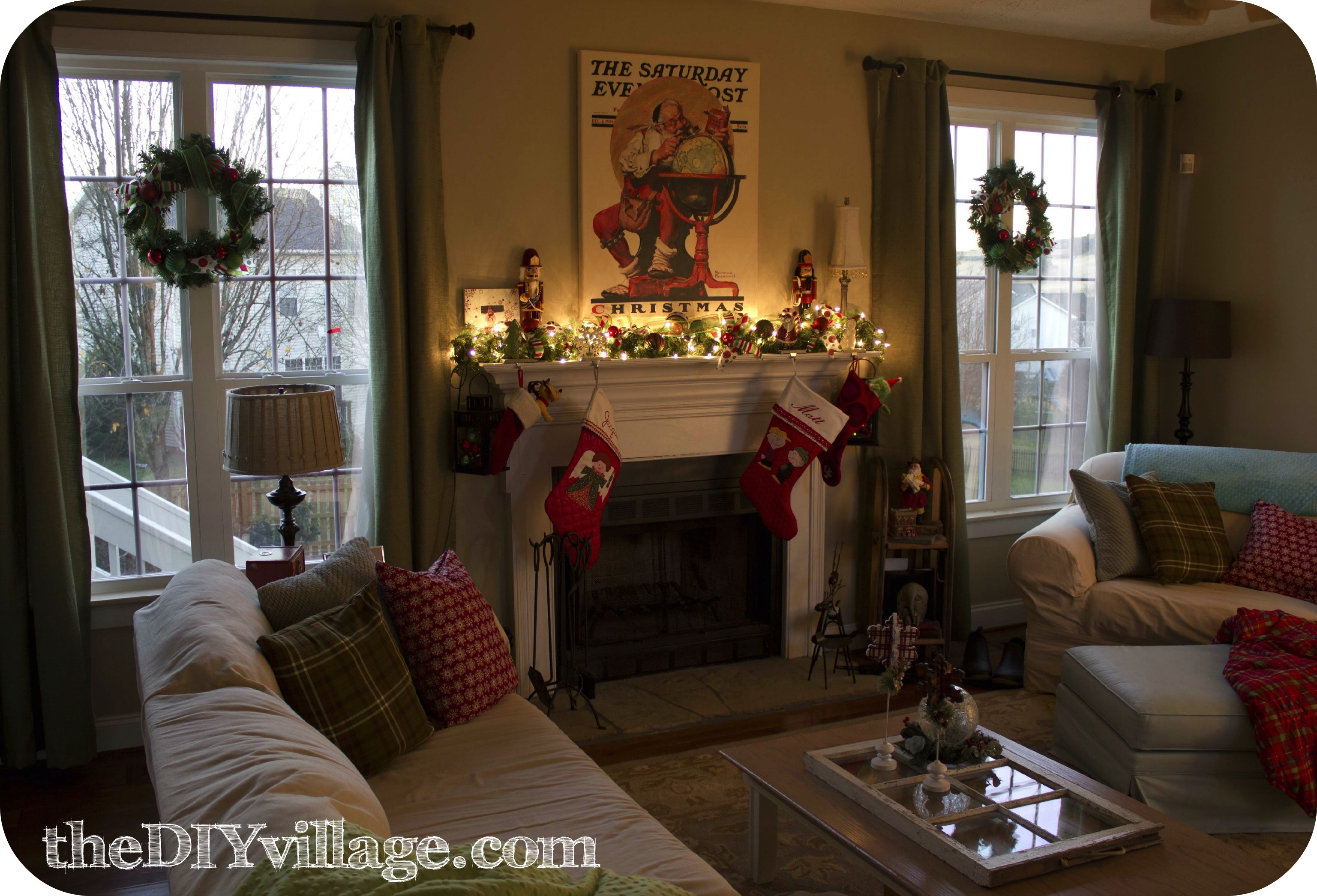 Christmas Mantel With Santa