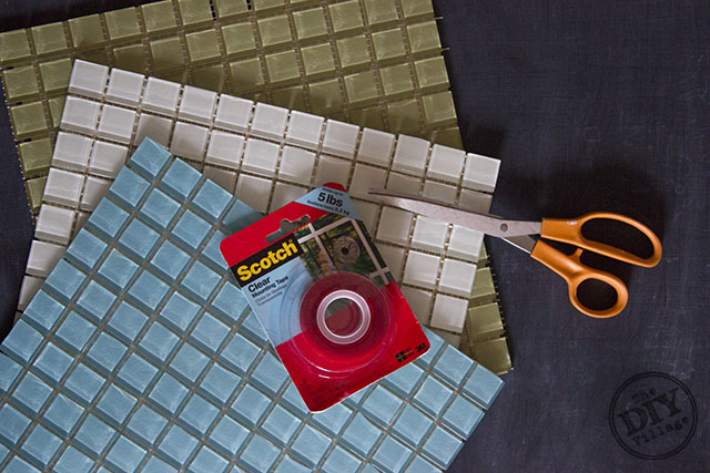 DIY no grout mosaic tile mirror. This is perfect for an apartment!