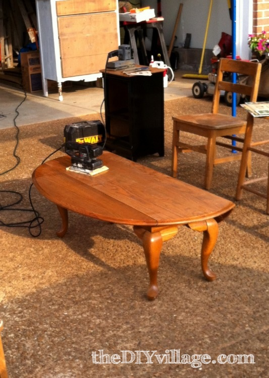 Queen Ann Drop Leaf Coffee Table