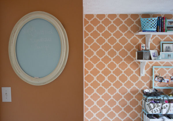 DIY Chalkboard and trellis wall