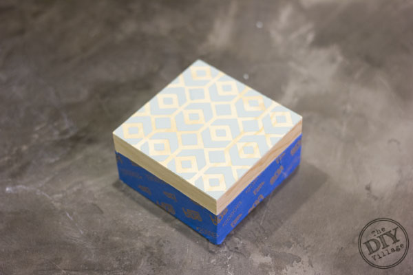 DIY Stenciled and stained jewelry box tutorial - the perfect gift idea for any woman or girl