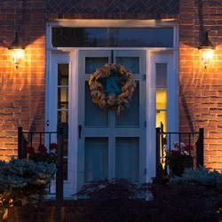 How to create nighttime curb appeal