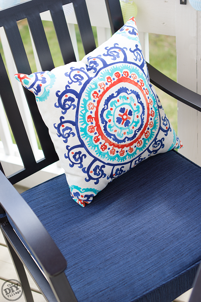 Outdoor Living Space Accent Pillows