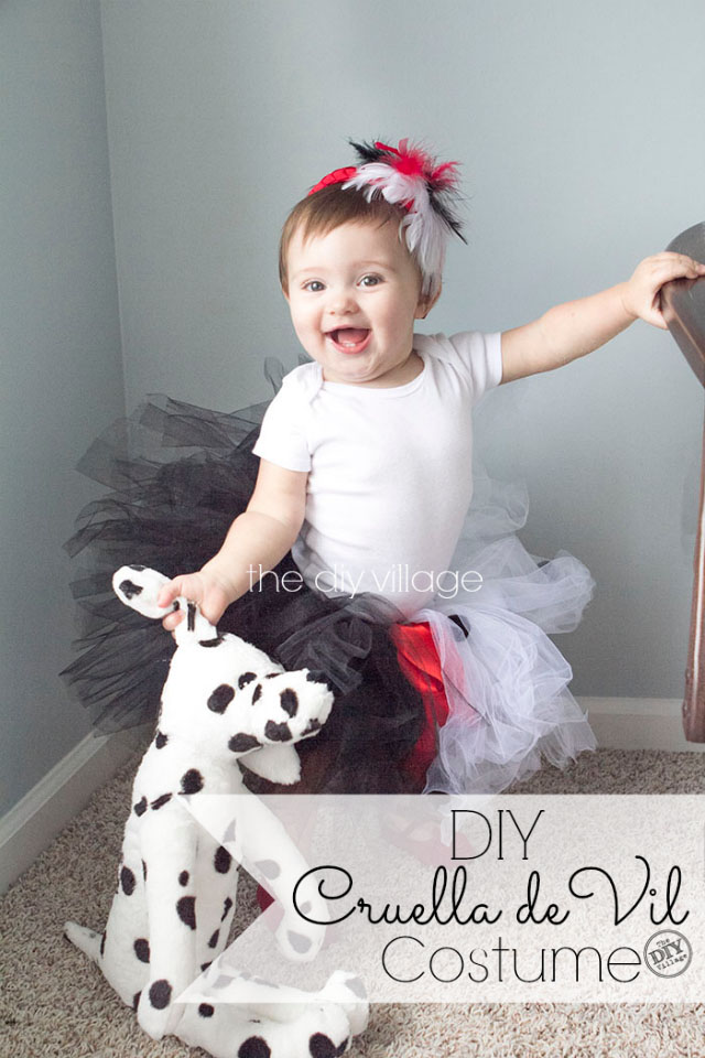 Diy cruella de vil costume for a child the diy village diy baby cruella de vil halloween costume idea for infant or toddler solutioingenieria Gallery