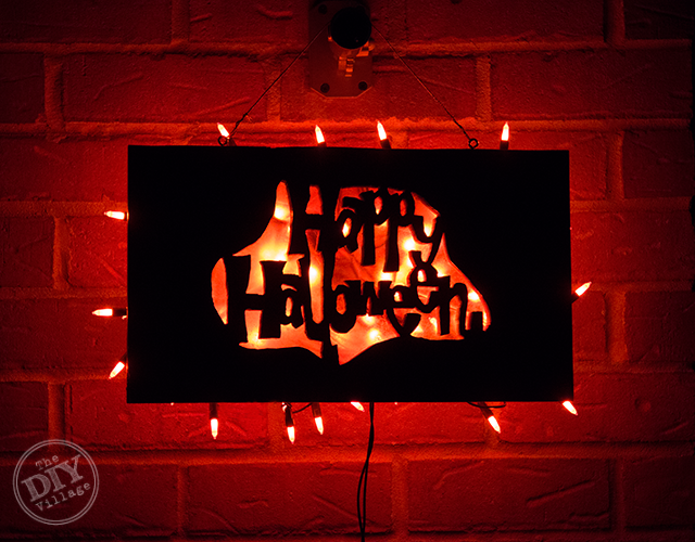Lighted-Halloween-Sign