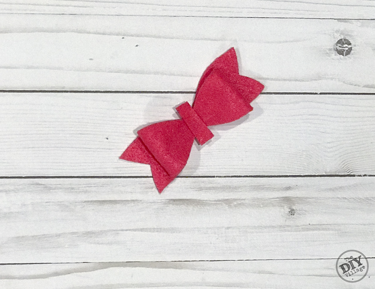 Pink felt bow cut out shapes step 4