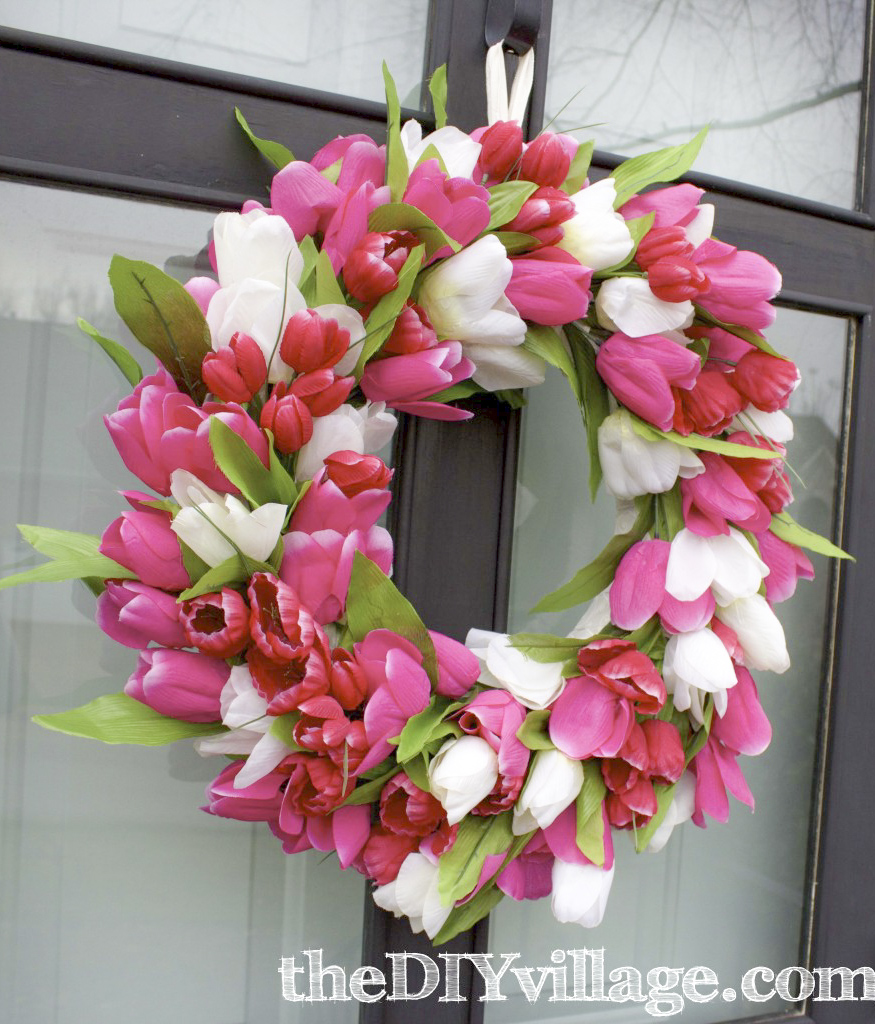 Spring Tulip wreath tutorial made for under $15. #wreath #spring #howto #frontdoors #pink #flowers #diy #crafts