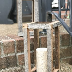 DIY Barnwood Lanterns - easy porch project - #porch #diy #porchdecor #lantern #barnwood #upcycle #frontdoor