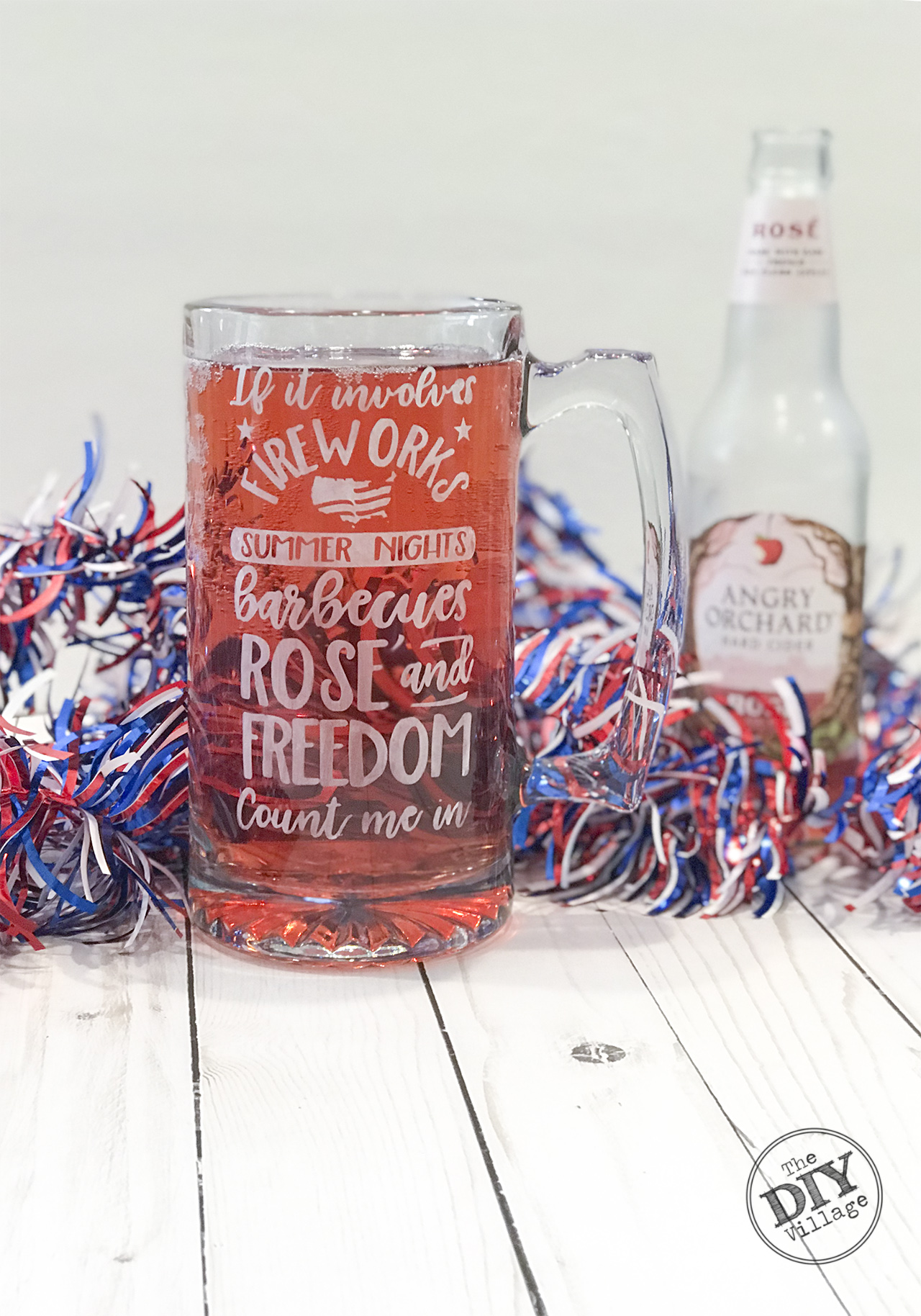 DIY Tutorial for Rose Patriotic etched mug. #patriotic #dollarstore #rose #etchedmug #glassetch #freedom