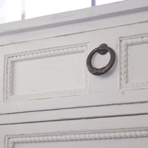 How to repair molding on furniture to give new live to old pieces! #diy #furnituremakeover #furniture #upcycle #woodworking #homeright #ad