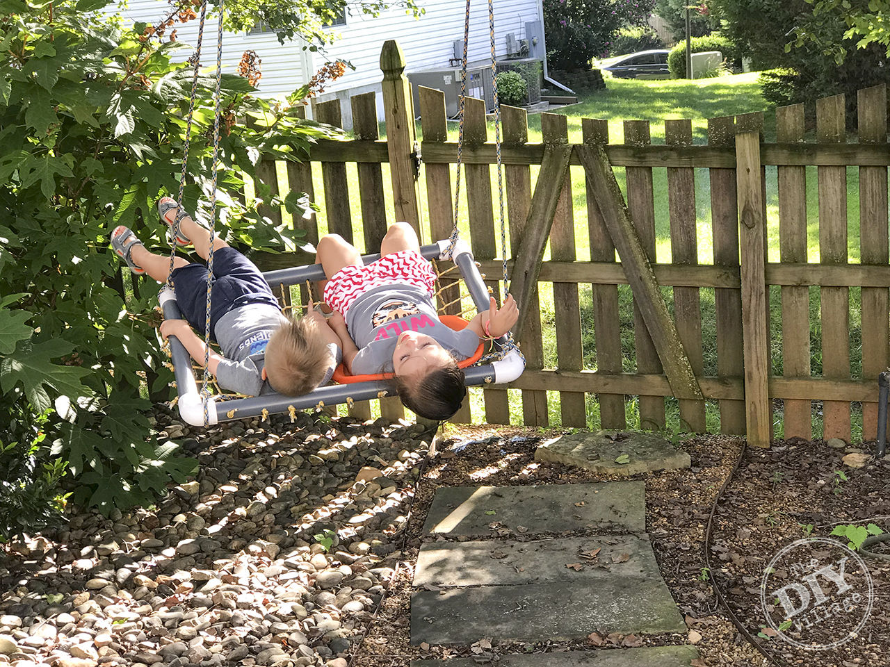 Perfect for kids - DIY platform swing tutorial. #diyswing #platformswing #sensoryswing #outdoor #ropeswing #tutorial #diy #powertoolchallenge