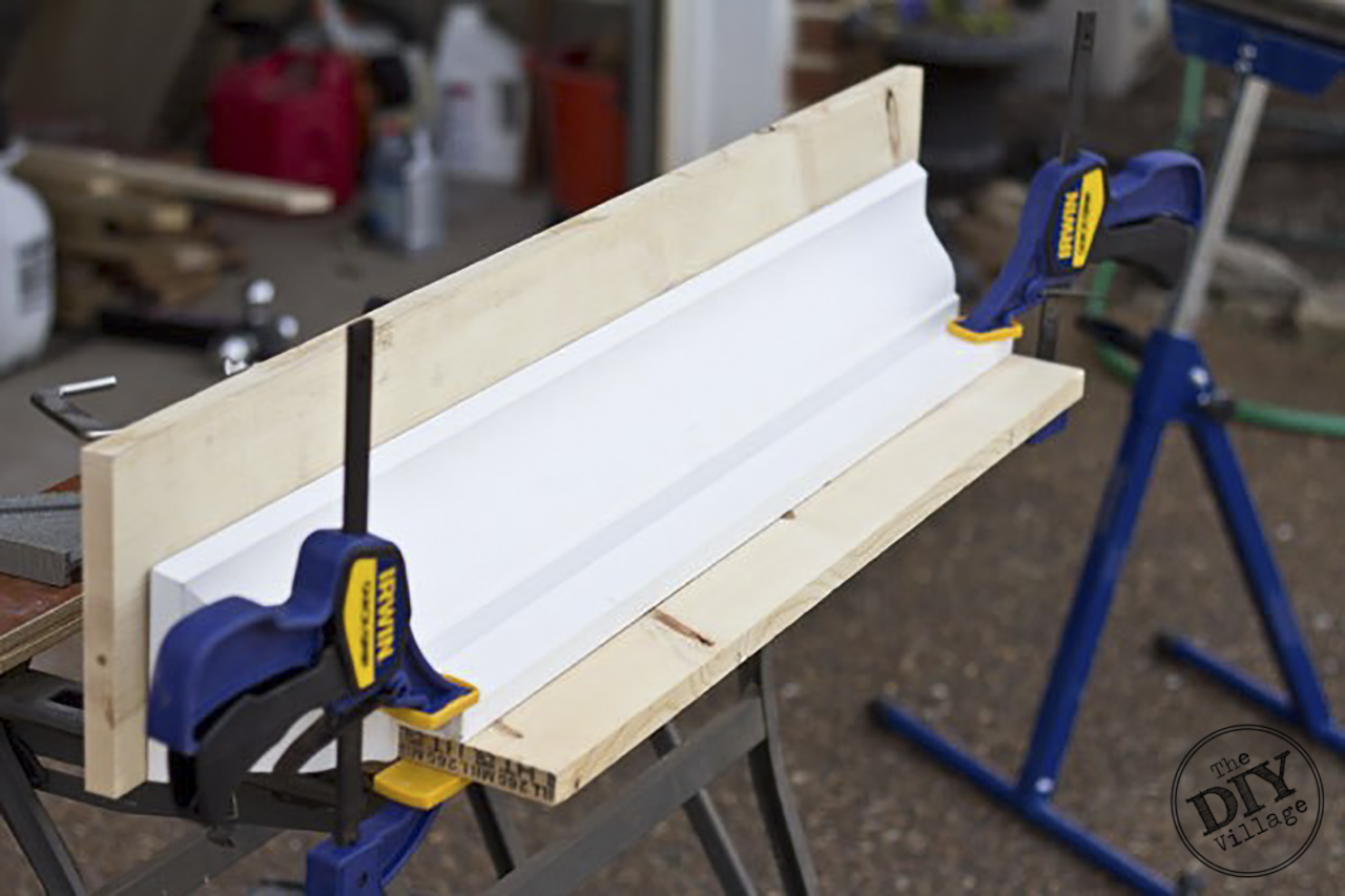 DIY Decorative Shelf Tutorial Building-a-Crown-Molding-Shelf #diy #homedecor #homeimprovement